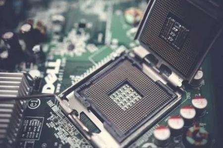 射频芯片高低温自动测试系统分析与设计